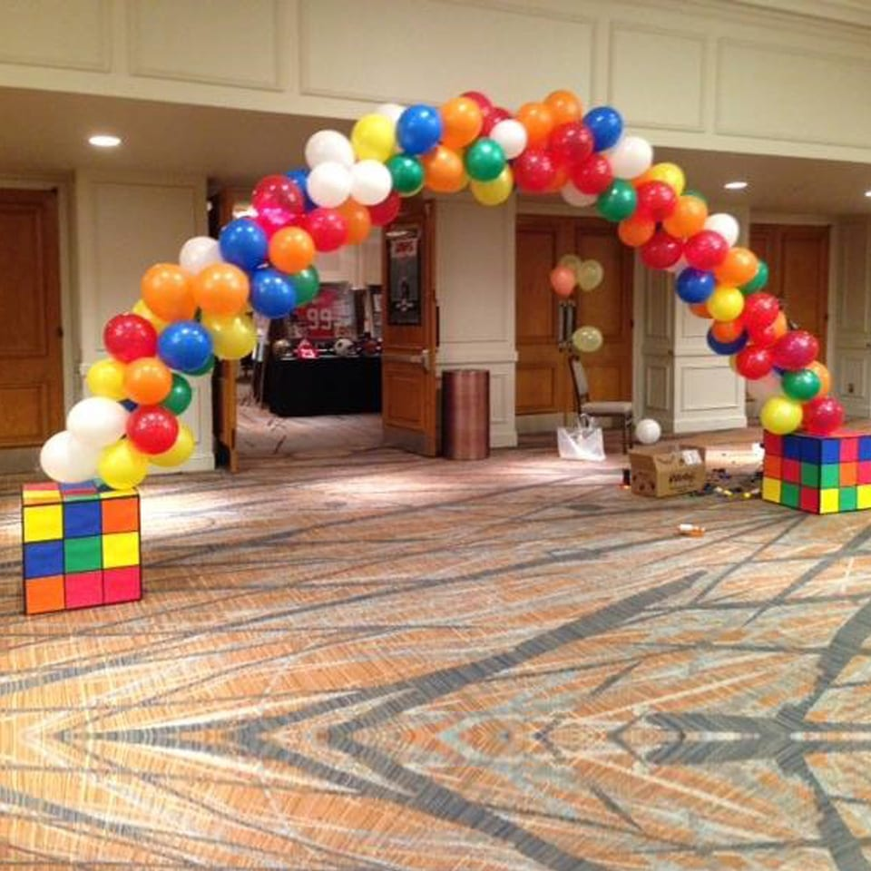 helium balloon arch display